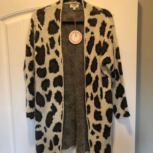 Umgee small leopard eyelash cardigan with pockets